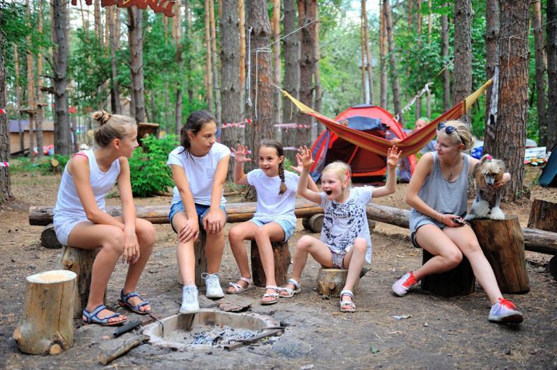 голые летом в лагере фото